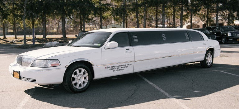 8 Passenger Town Car Stretch Limo Majestic Transportation Services